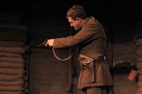 the effects of war in the play journeys end A secondary school revision resource for gcse english literature about journey's end the effects of war on men towards the end play, we see the stanhope.